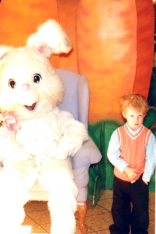 EasterBunny_West_2009029